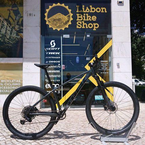 Bicicleta Trek X-Caliber 8 Cinza