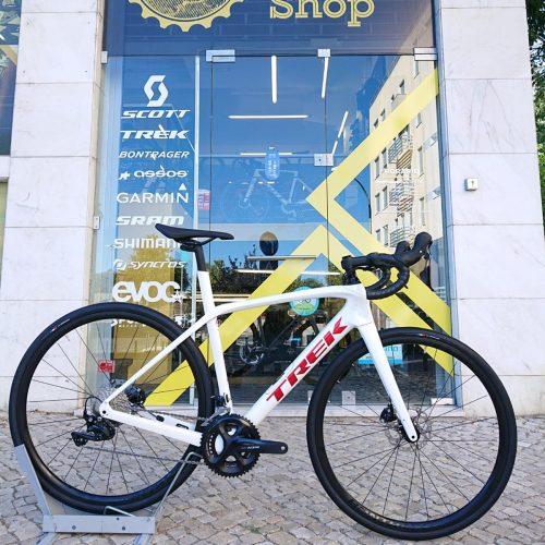Bicicleta Trek Domane SL 5 Crystal White